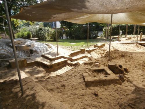 Matschanlage und Sandkasten